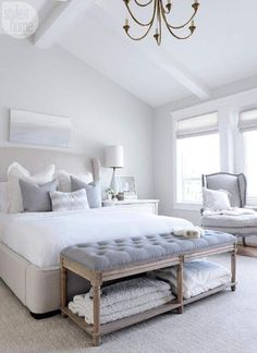 Home Remodel Bedroom Create a dream guest bedroom with these ideas sources. Simple and beautiful guest bedroom ideas. Remodel Bedroom Create a dream guest bedroom with these ideas sources. Simple and beautiful guest bedroom ideas. Master Bedroom Interior, Small Master Bedroom, Home Interior, Home Decor Bedroom, Modern Bedroom, Diy Bedroom, Bedroom Storage, Beautiful Master Bedrooms, Shabby Chic Master Bedroom