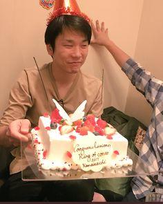 """エリ on Instagram: """"可愛すぎる😍 そして、髪の毛ぴょーんなってる🤣💛 ° #ふくらむスクラム #かまいたち #かまいたち濱家さん #髪の毛ぴょーん #たまらん😍"""" Birthday Cake, Desserts, Instagram, Food, Japanese, Hair, Tailgate Desserts, Birthday Cakes, Deserts"""