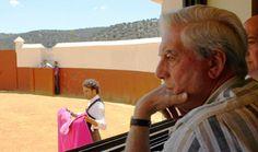 El escritor Mario Vargas Llosa, el cantautor Joaquín Sabina o el pintor Santiago Botero también se han querido unir a la gran manifestación por la Tauromaq