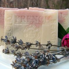 Provence Lavender / Jasmine Grandiflorum with Sea and Rose Clay Soap(Face and Body) Natural Handcrafted Soap LLC http://www.amazon.com/dp/B001AKLU1W/ref=cm_sw_r_pi_dp_D.hWub1D6YP7A
