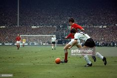 Martin Peters, World Cup Final, Soccer Stars, Fifa World Cup, Finals, Past, Germany, England, Past Tense