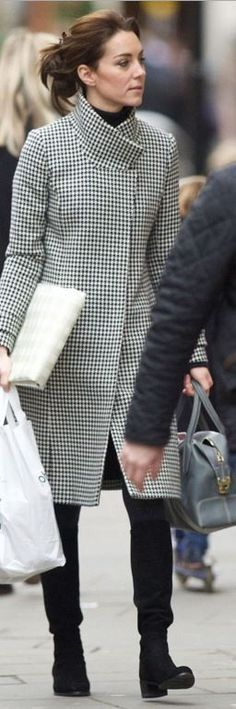 Who made Kate Middleton's black print coat and gray handbag?