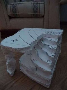 Fake Rock Build for Bearded Dragon (Reptile Forums UK - Care, Pictures, Classifieds and More) Bartagamen Terrarium, Terrarium Reptile, Bearded Dragon Habitat, Bearded Dragon Cage, Terrarium Cameleon, Lizard Tank, Snake Tanks, Bearded Dragon Enclosure, Bearded Dragon Terrarium