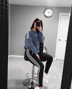All adidas outfit Mode Outfits, Sport Outfits, Winter Outfits, Casual Outfits, Look Fashion, Teen Fashion, Korean Fashion, Fashion Outfits, Fashion 2017