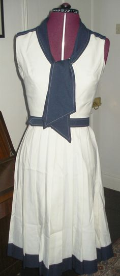 TRUE VINTAGE 1970s PETER BARRON SUMMER BLUE AND CREAM SAILOR DRESS Small W 26