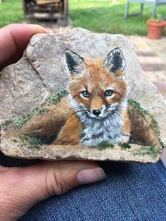 Fox Painting, Seashell Painting, Pebble Painting, Pebble Art, Stone Painting, Painted Rock Animals, Hand Painted Rocks, Mini Paintings, Animal Paintings