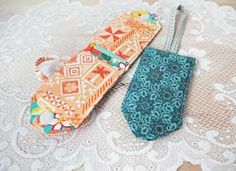 This Luggage Tag Pattern is FREE to download at Connecting Threads!