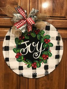"""Most current No Cost Christmas Farmhouse Door Hanger - Buffalo Plaid Door Decor - Holiday Door Decor, Christmas Wreath - Merry Christmas Ideas Your individual door hanger Sure, the classic is obviously the door pendant, in which on leading """" Christmas Signs, Rustic Christmas, Christmas Art, Christmas Projects, Holiday Crafts, Christmas Wreaths, Christmas Ornaments, Holiday Decor, Xmas"""