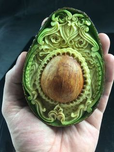 Incredible fruits carving by Daniele Barresi - ArtPeople.Net