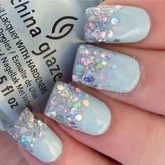 Frozen nails, gorgeous nails, beautiful nail art, fabulous nails, pretty na Sparkle Nails, Fancy Nails, Love Nails, Glitter Nails, Mint Nails, Blue Glitter, Jewel Nails, Style Nails, Blue Nail