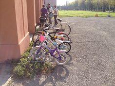 A Crevalcore si torna a #scuola dopo il terremoto... con le due ruote :)