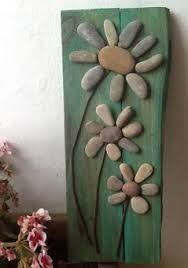 cuadros de piedras en pinterest - Google Search Stone Crafts, Rock Crafts, Diy And Crafts, Arts And Crafts, Rock Design, Diy Design, Beach Rock Art, Rock Flowers, Homemade Home Decor