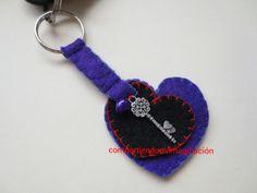 Llavero corazón con llave