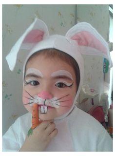 Bunny Halloween Makeup, Bunny Makeup, Bunny Halloween Costume, Rabbit Costume, Diy Halloween Costumes For Kids, Diy Costumes, Animal Costumes, Bunny Face Paint, Easter Face Paint