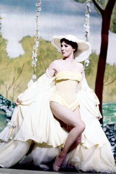 Julie Andrews in Darling Lili