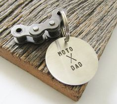 Motorcycle Keychain for Dad Moto X Dad Personalized Key Chain Christmas Gift for Dad Keyring Dirt Bike Motorcyle Rider From Daughter to Dad by CandTCustomLures on Etsy Personalized Gifts For Dad, Customized Gifts, Dirt Bikes For Sale, Dirt Bike Birthday, Bike Sketch, Gifts For New Dads, Christmas Gift For Dad, Bike Chain, Bike Rider