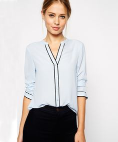 Shop Blue Long Sleeve V Neck Shift Blouse online. Sheinside offers Blue Long Sleeve V Neck Shift Blouse & more to fit your fashionable needs. Free Shipping Worldwide!