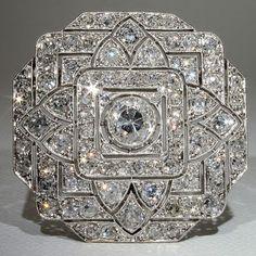Jewelry Diamond : Spectacular Platinum Art Deco carat Diamond Pin & Pendant, France ca. - Buy Me Diamond Art Deco Schmuck, Bijoux Art Deco, Art Deco Jewelry, Fine Jewelry, Jewelry Design, Beaded Jewelry, Jewelry Stand, Scott Jewelry, Women's Jewelry