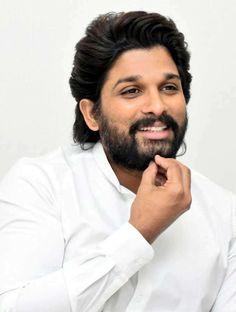 Allu Arjun Photo in White Shirt Arya Movie, Dj Movie, Movie Photo, Trending Hairstyles For Men, Classic Mens Hairstyles, Actor Picture, Actor Photo, Allu Arjun Hairstyle, New Photos Hd