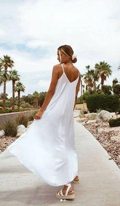 White Maxi, White Dress, Linen Dresses, Online Clothing Stores, Hallways, Elegant Dresses, Trauma, Hair Beauty, Cozy
