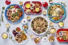 Summer Entertaining - Platters Christmas 2015, Christmas Wishes, Tapas Recipes, Grazing Tables, Charcuterie Board, Le Creuset, Food Festival, Antipasto, Cooking Ideas