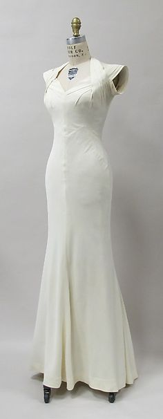 Evening dress Designer: Charles James Date: 1933 Culture: American Medium: rayon Accession Number: 2013.308