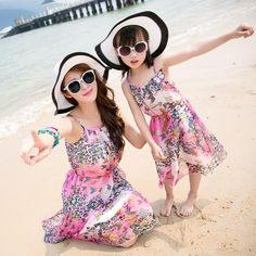 Mother Daughter Beach Dress $48.55 Fashion Prints, Style Fashion, Free Online Shopping, Mom Dress, Fashion Deals, Matches Fashion, Matching Family Outfits, Skinny Fit Jeans, Photo Colour