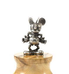 Rare mascotte « Mickey Mouse » par Desmo pour Walt Disney, fabrication britannique, circa 1930,