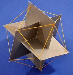 potential for chandelier piece . Not equilateral? how does that change - connected triangles into more solid long piece similar to rectangle? icosahedron from three interlocking golden rectangles Geometry Art, Sacred Geometry, Eco Deco, Platonic Solid, Geometric Sculpture, Origami Paper Art, Math Art, Cardboard Crafts, String Art