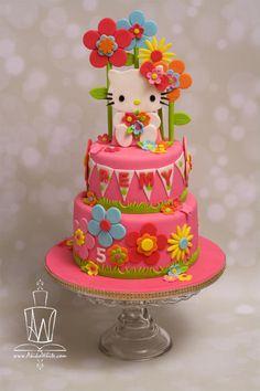Hello Kitty - Cake by www.AkikoWhite.com