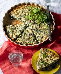 Good Housekeeping is the go-to mag for the busy woman looking for quick, clever, cost-effective ways to maximise her life and her home. Spinach Quiche, Savory Tart, South African Recipes, Quiche Recipes, Good Housekeeping, Allrecipes, Recipies, Favorite Recipes, Dishes