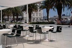 L'Abbate Italia: Riva Split - Croatia. Split table - Riva chair.