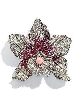 Broche de titanio, rubíes, diamantes y centro de conch pearl, Chopard