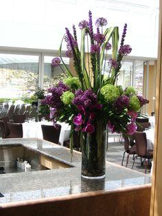Green wedding flower arrangement