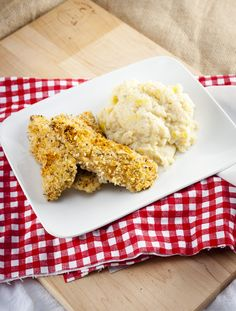 Crispy Baked Buttermilk Chicken Fingers - Home Sweet Jones Baked Buttermilk Chicken, Crispy Baked Chicken, Chicken Fingers, Italian Seasoning, Hot Sauce, Entrees, Dishes, Baking, Cleaning Tips