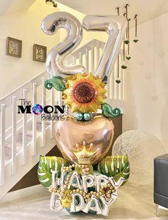 Moon Balloon, Bubble Balloons, Balloon Gift, The Balloon, Balloon Bouquet Delivery, How To Make Balloon, Balloon Arrangements, Balloon Decorations Party, 25th Birthday