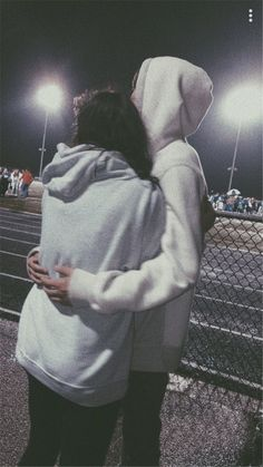40 Sweet And Goofy Couples In Hoodies To Make You Wanna Fall In Love Right Now - Page 20 of 40 Relationship Goals boyfriend goals Goofy Couples, Beaux Couples, Cute Couples Photos, Cute Couple Pictures, Cute Couples Goals, Teenage Couples, Couples In Love, Love Pics, Freaky Pictures