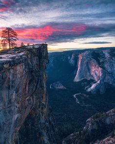 Yosemite National Park By . Nationalparks Usa, Yosemite Winter, Destinations, Yosemite Falls, Destination Voyage, Beautiful Landscapes, The Great Outdoors, Adventure Travel, Landscape Photography