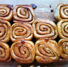Fast Sunday Cinnamon Rolls!!!  (with freezing directions!)