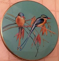 Beautiful Large Vintage Stratton Compact Enamelled Decorated With Exotic Birds Stratton Compact, Lipstick Holder, Exotic Birds, Powder, Vanity, Cases, Amazing, Makeup, Painting