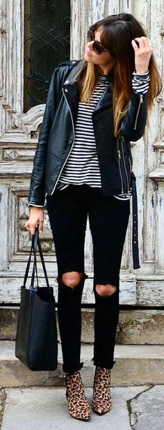40 Preppy Winter Outfits To Wear Now / Schwarze Lederjacke / Gestreiftes Oberteil / Destroyed Skinny Jeans / Leopard Booties Preppy Winter Outfits, Winter Fashion Outfits, Fall Outfits, Casual Outfits, Outfits 2016, Black Women Fashion, Unique Fashion, Womens Fashion, Fashion 2016