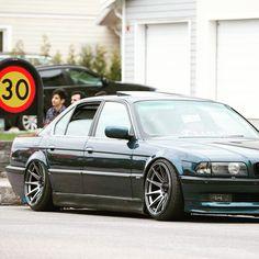 Bmw 740, Bmw Vintage, Slammed Cars, E 38, Bmw 7 Series, Old School Cars, Bmw Classic, Bmw Cars, Sport Cars