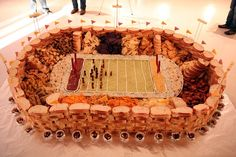 The Best Super Bowl Snack Stadiums Ever Healthy Superbowl Snacks, Quick Snacks, Healthy Meals, Nfl, Good Food, Yummy Food, Yummy Yummy, Fun Food, Football Food