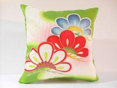 Etsy のJapanese Kimono Pillow | 159 | decorative pillow | 16x16 |,accent pillows,throw pillows,sofa pillows,couch pillows,throw,designer pillows(ショップ名:KyotoZakka)