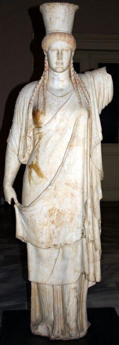 OĞUZ TOPOĞLU : karyatid heykeli caryatids istanbul arkeoloji müze...