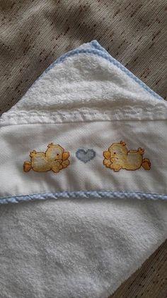 toalla bebe punto de cruz