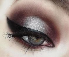 Dramatic Burgundy Eyeshadow.