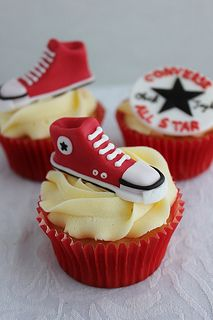 These are awesum. Would need to be black and white for me tho Cute Food, I Love Food, Yummy Food, Mini Cakes, Cupcake Cakes, Cigar Party, Cap Cake, Sports Baby, Fondant Toppers