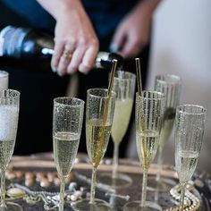 Let us celebrate with a glass of champagne before you walk down the aisle.   Venue: @losaltoshistorymuseum | Event Planning: @despinacraigevents | Florals: @ampersand_sf | Catering: @fogcutter_sf | Photographer: @buenalane_photography | Entertainment: @djjeremyproductions | Bartenders: @sfbartenders | Rentals: @unicapartyrentals | Makeup: @teresa_song )   #despinacraigevents #despinacraig #eventdesigner #weddingdesigner #weddingplanner #luxurywedding #sfwedding #napawedding #lawedding…