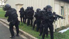 Le RAID à Rennes : une vingtaine de policiers surentrainés